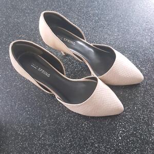 Spring women's heels size 6