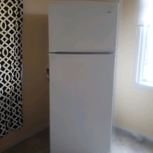 Fridge and Stove - Moving Sale