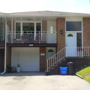BEAUTIFUL 3 BDRM - UPPER PORTION OF HOUSE