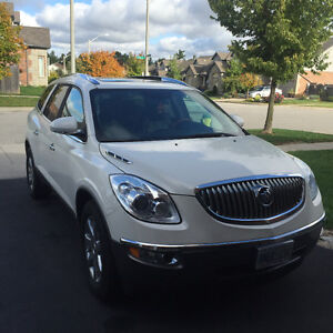 08 Enclave,Leather,7 Seats,2 Sunroofs, Navigation,