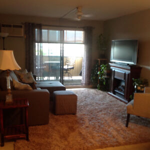 Furnished, turnkey 1 bdrm, 3rd/top floor condo. Central Kelowna