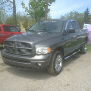 2005 Dodge Ram 4x4 4 door  Laramie  5.7  Hemi