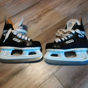Bauer Skate, size youth 1