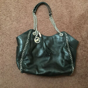 For sale Michael Kors Chelsea tote