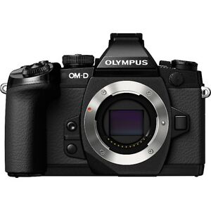 Olympus OM-D E-M1 + HLD-7 battery Grip         EM-1 EM1