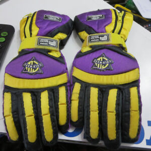 Used Snowmobile Gloves Only $20 Pair Re-Gear Oshawa