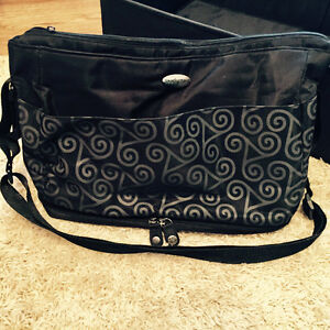 SootheTime diaper bag with portable rest bed Kitchener / Waterloo Kitchener Area image 2