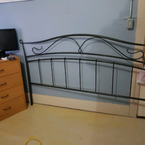 Metal king sz  head board