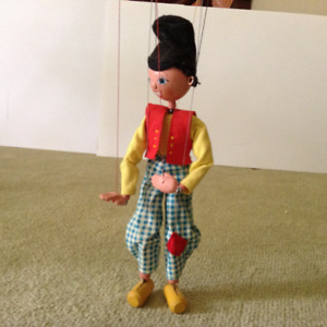 6 Pelham string puppets 12 inches long