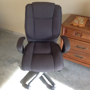 Super Office Chair