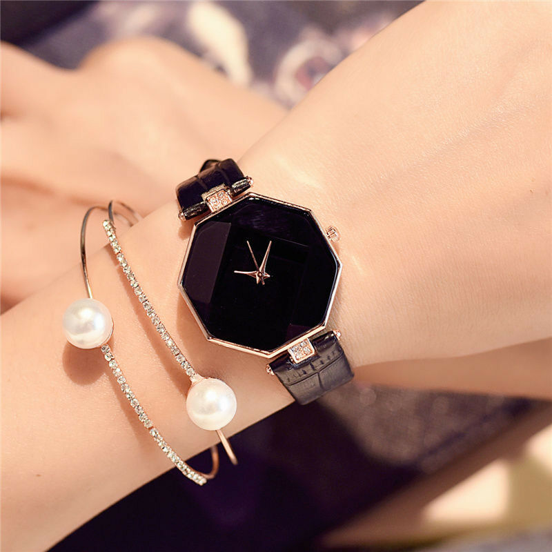 New Fashion Women 's Leather Band Analog Quartz Diamond Wris