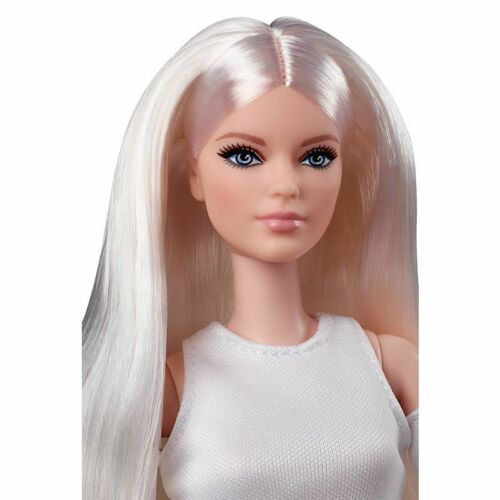 Barbie Signature Looks Doll Tall Blonde White Dress & Boots GXB28 NRFB IN HAND