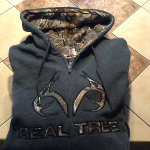 BRAND NEW MENS LARGE HOODIES $20 EACH