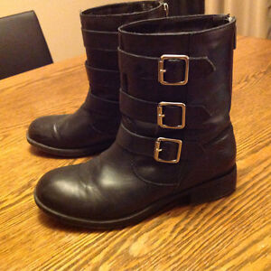 LADIES KENNETH COLE BOOTS London Ontario image 1
