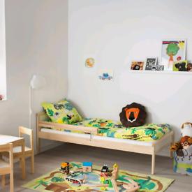 Ikea sniglar junior bed + mattress + sheet