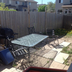 Patio table, chairs, umbrella w/stand