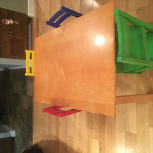 small childs table and chairs