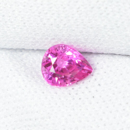 0.50 ct  TOP LUSTROUS - FINE  NEON  PINK  NATURAL MOGKOK  SPINEL - Pear See Vdo