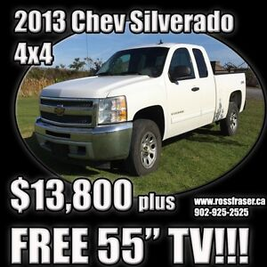 "2013 Chevrolet Silverado 1500 4x4 with FREE 55"" TV!!!"