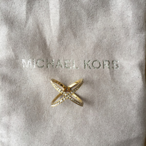 VENDUE//SOLD Bague MICHAEL KORS Pave Crisscross Ring