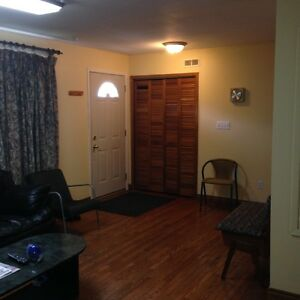 PORT HOPE FURNISHED ACCOMMODATION FOR CONTRACTORS-OCTOBER 1ST 16 Peterborough Peterborough Area image 8