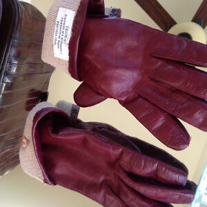 Red leather lined gloves size 7