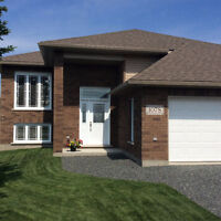 3+1bedroom home in Hanmer minutes from the Sports Complex