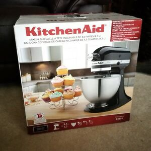 Brand new Kitchen Aid 'Classic' Tilt Head Stand Mixer