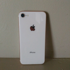 Iphone 8 32 g Mint condition