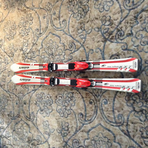 Elan Integra Childs skis