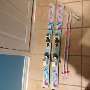 Skis Volkl CHICA (110cm) and poles