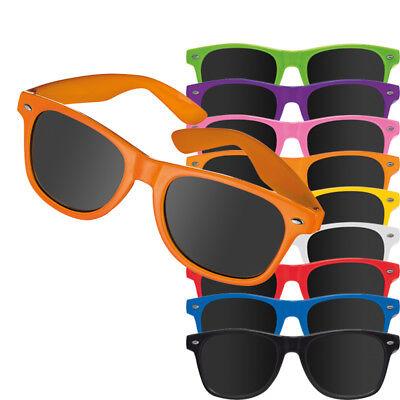 Sonnenbrille aus Kunststoff UV 400 Filterkategorie III mit silber auf dem Rahmen