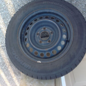 Set of 4 - 195/65/15 Hancock I Cept Winter Tires with Steel Rims