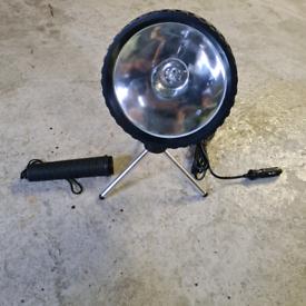 Portable 12v light