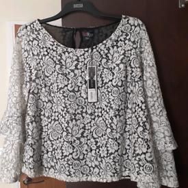 Ladies blouse size 22