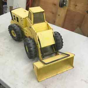 Vintage Mighty Tonka Tin Toy Loader Regina Regina Area image 6