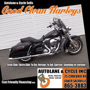 2015 Harley Davidson Road King Only 3600kms.....VERY SHARP!!!!!