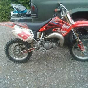 05' cr85 just rebuilt 1700$obo or trade for sled