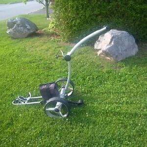 Remote controlled & motorized golf caddy