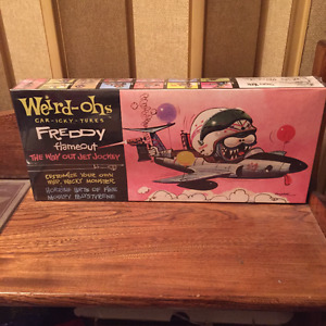 WEIRD-OHS MODEL KITS