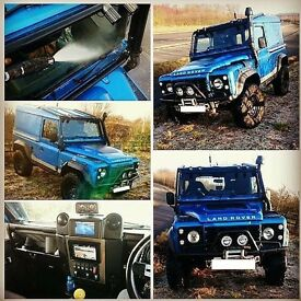** MASSIVE SPEC LAND ROVER DEFENDER 200TDi 90 BOYS TOY 4X4 FULL ROLL CAGE SATNAV