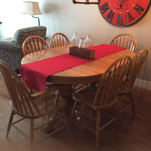 Solid Oak Double Pedestal Dining Room Table and Chairs