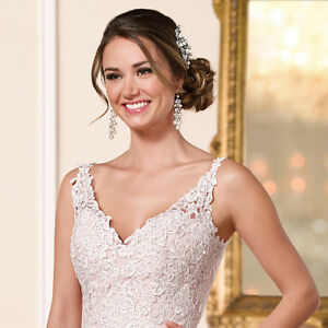 Elegant Stella York Wedding Dress