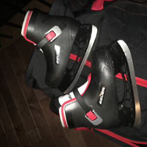 Bauer Lil Champ youth skates size 12/13