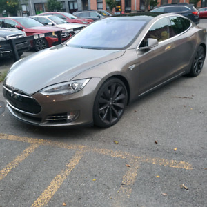 Tesla model S 90D fully loaded AWD