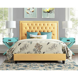 Manhattan Upholstered Platform Bed - Queen New in Box