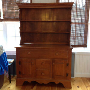 Buffet and Hutch for sale.