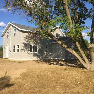 Bright spacious 3-bdrm house in Lansdowne, 1000 Islands