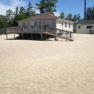 WASAGA BEACH COTTAGE RENTALS ON BEACHFRONT PROPERTY