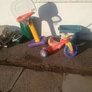 Assorted Kid's Outdoor Toys